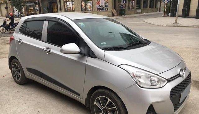 Bán Hyundai Grand i10 hachback số sàn 1.2 SX 2018 màu bạc như mới
