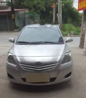 Bán Toyota Vios sản xuất 2010, màu bạc còn mới, giá 246tr