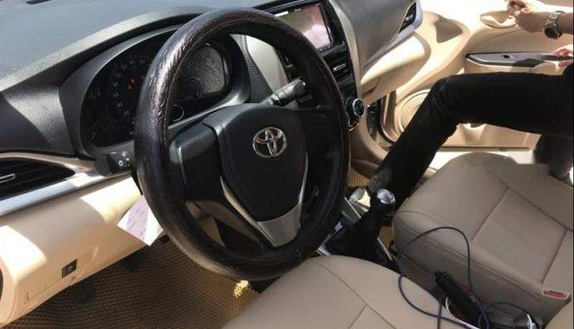 Bán Toyota Vios sản xuất 2019, màu vàng cát