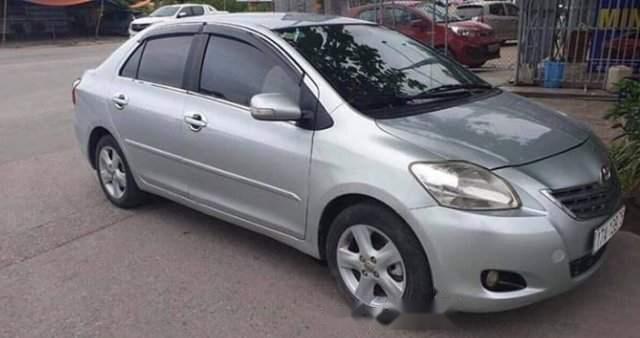 Cần bán xe Toyota Vios 2009, màu bạc