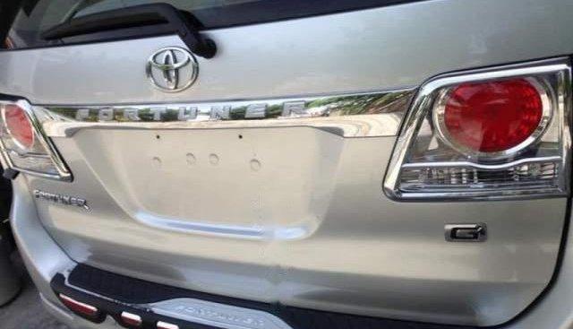 Bán xe Toyota Fortuner đời 2013, màu bạc, nhập khẩu nguyên chiếc xe gia đình, giá tốt