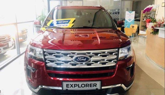 Cần bán xe Ford Explorer sản xuất năm 2019, màu đỏ, nhập khẩu nguyên chiếc