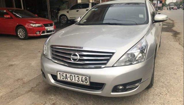 Bán xe Nissan Teana đời 2010, màu bạc, nhập khẩu nguyên chiếc
