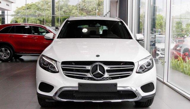 Mercedes-Benz GLC 200 mới - SUV hạng sang bán chạy nhất Việt Nam