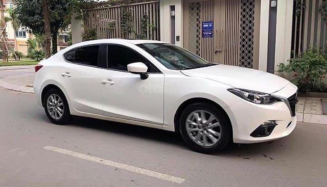 Bán lại xe Mazda 3 1.5 AT đời 2017, màu trắng, giá cạnh tranh