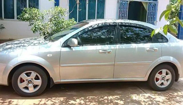 Cần bán lại xe Daewoo Lacetti EX năm sản xuất 2010, màu bạc