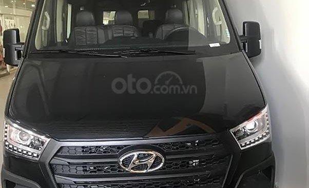 Bán Hyundai H350 limousine sản xuất 2019, màu đen, xe nhập