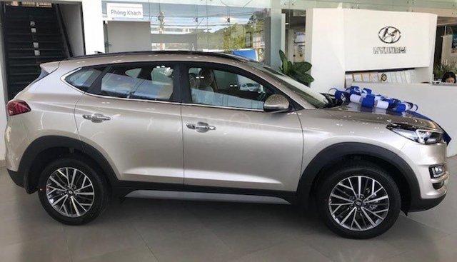 Bán Hyundai Tucson 2.0 AT CRDi sản xuất năm 2019, giá tốt