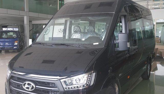 Bán Hyundai Solati 2019, màu đen, có sẵn giao ngay
