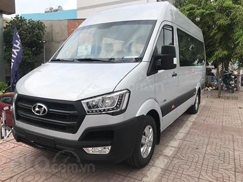 Bán Hyundai Solati - Xe giao ngay