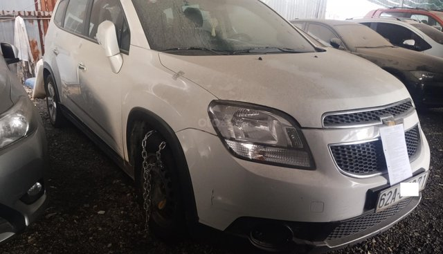 Bán ô tô 7 chỗ Chevrolet Orlando LTZ sản xuất năm 2016, màu trắng, giá tốt
