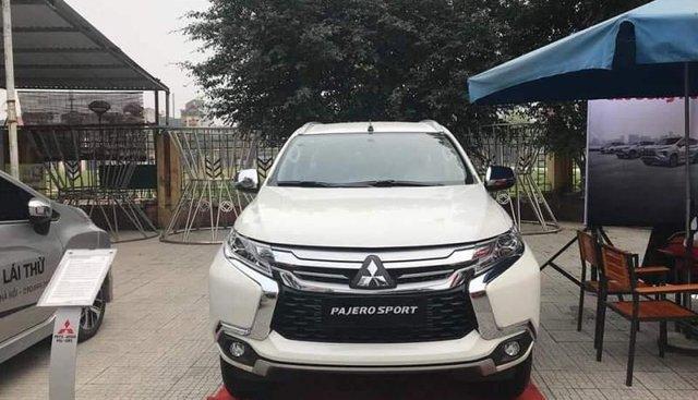 Bán Mitsubishi Pajero Sport đời 2019, màu trắng, nhập khẩu