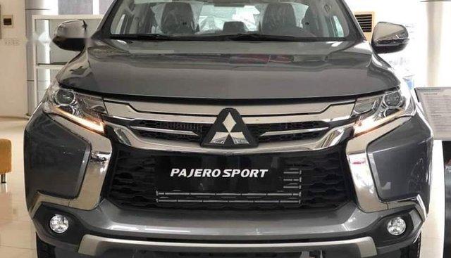 Bán Mitsubishi Pajero Sport 2019, màu xám, xe nhập