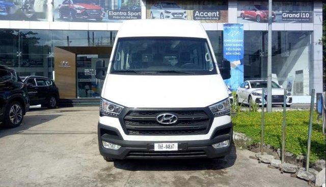 Cần bán xe Hyundai Solati năm 2019, màu trắng