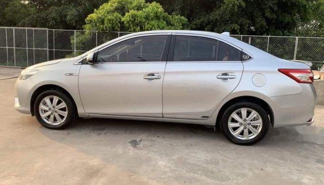 Bán xe Toyota Vios đời 2016, màu bạc