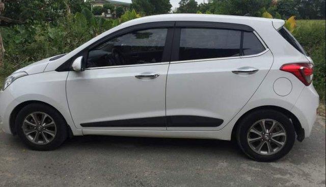 Bán Hyundai Grand i10 đời 2015, màu trắng, xe nhập như mới