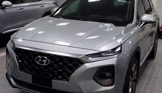 Cần bán xe Hyundai Santa Fe đời 2019, màu bạc