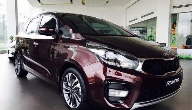 Bán Kia Rondo năm sản xuất 2019, màu đỏ, xe nhập