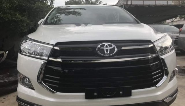 Bán ô tô Toyota Innova đời 2019, màu trắng