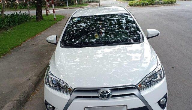 Bán xe Toyota Yaris 1.5AT SX 2016 máy mới, màu trắng, xe nhập, xe cần bán lại 570 triệu