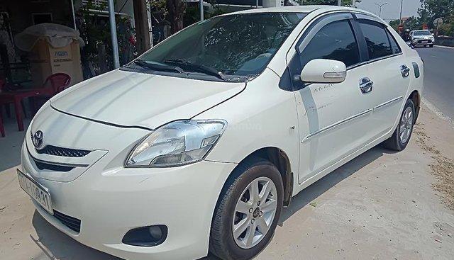 Bán Toyota Vios năm 2010, màu trắng
