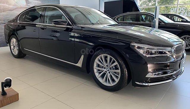Bán ô tô BMW 7 Series 730Li sản xuất năm 2019, màu đen, xe nhập