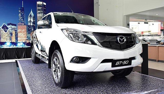 Cần bán xe Mazda BT 50 2.2L 4x4 MT năm 2019, màu trắng, nhập khẩu