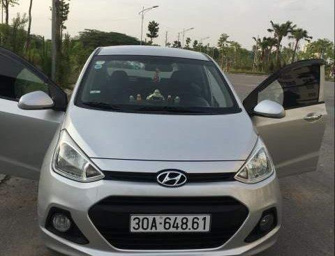 Cần bán Hyundai Grand i10 sản xuất năm 2015, màu bạc, xe nhập xe gia đình