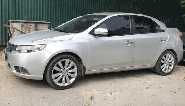 Bán xe Kia Cerato đời 2011, màu bạc, nhập khẩu