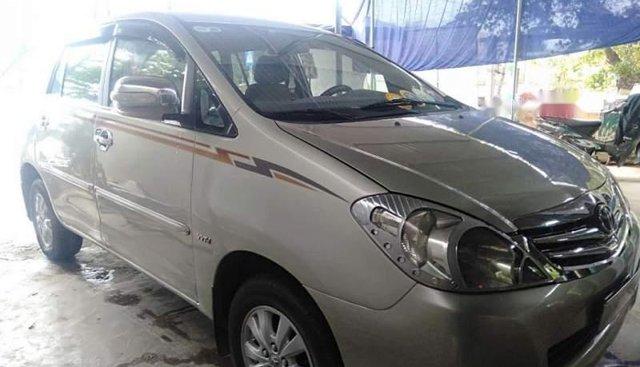 Bán Toyota Innova sản xuất 2009, màu bạc, giá 360tr