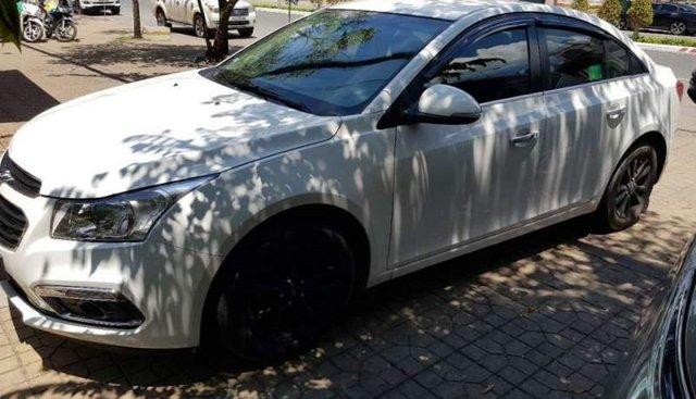 Bán lại xe Chevrolet Cruze sản xuất năm 2016, màu trắng