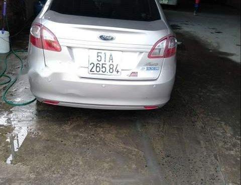 Cần bán xe Ford Fiesta sản xuất năm 2011, nhập khẩu nguyên chiếc