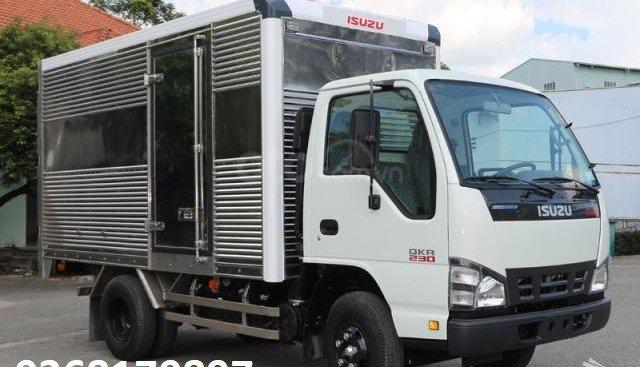 Bán ô tô Isuzu QKR 230 sản xuất năm 2019, màu trắng, xe nhập