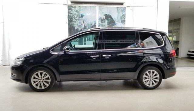 Bán xe gia đình Volkswagen Sharan - Nhập khẩu, 7 chỗ, 2 cửa lùa, bảo hành chính hãng - 090-898-8862