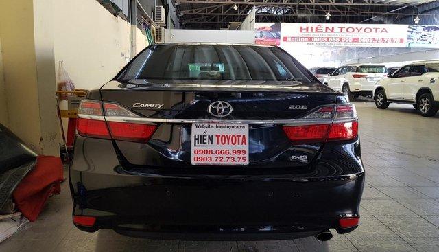 Bán Toyota Camry 2.0E sản xuất 2015, màu đen