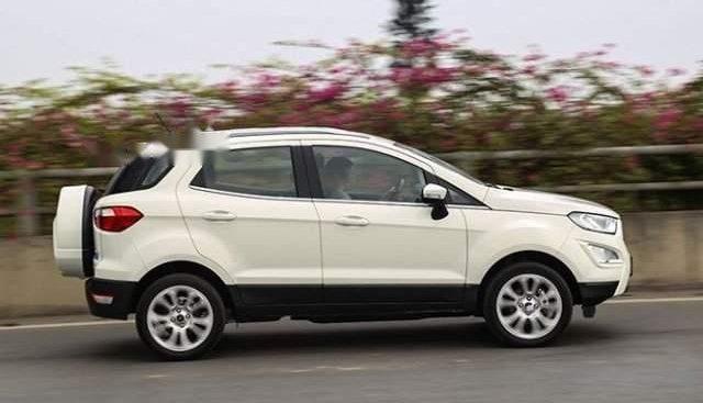 Bán xe Ford EcoSport 1.5AT sản xuất 2018, màu trắng, giá chỉ 600 triệu