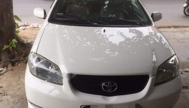 Bán Toyota Vios sản xuất 2006, màu trắng, số sàn