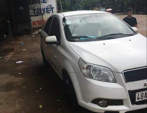 Bán Chevrolet Aveo đời 2014, màu trắng, nhập khẩu