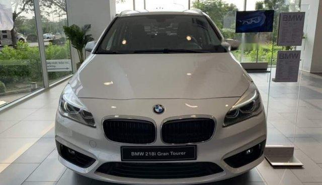 Bán BMW 218i sản xuất năm 2019, màu trắng, nhập khẩu