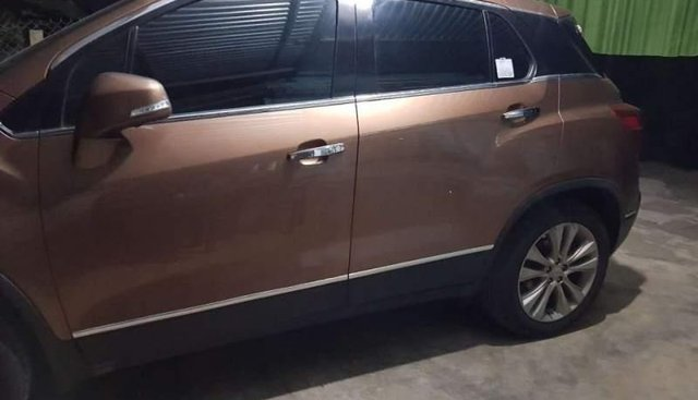 Bán Chevrolet Trax đời 2018, màu nâu, xe nhập