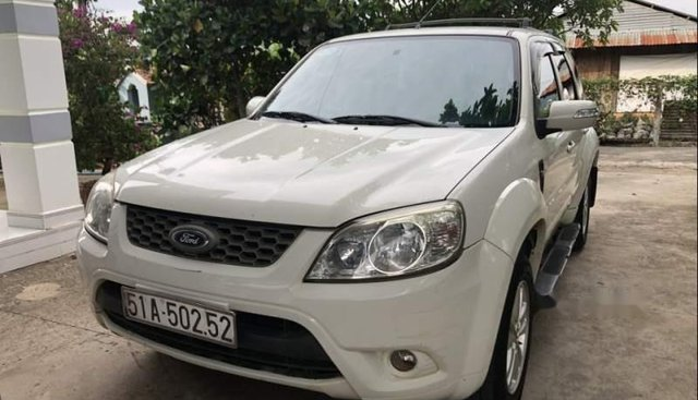 Bán Ford Escape 2011, màu trắng, chính chủ, giá tốt