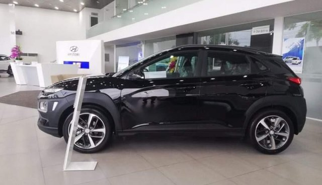Cần bán xe Hyundai Kona sản xuất 2019, màu đen giá cạnh tranh