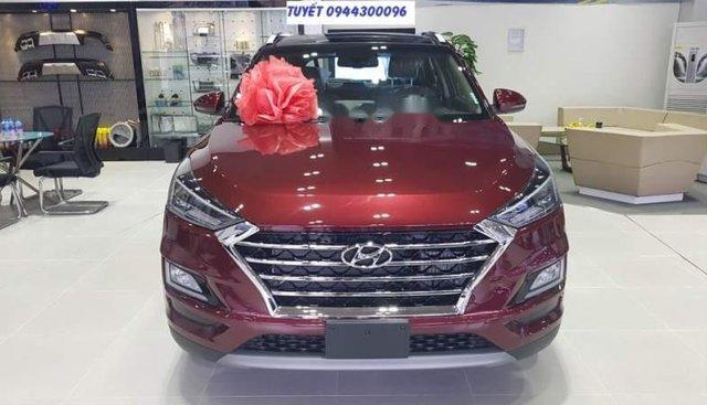 Bán xe Hyundai Tucson 2019, màu đỏ, 932 triệu
