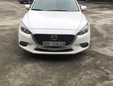 Cần bán Mazda 3 năm sản xuất 2017, màu trắng, 620 triệu