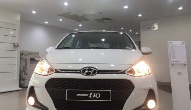 Bán Hyundai Grand i10 1.2 MT sản xuất năm 2019, màu trắng, giá chỉ 330 triệu