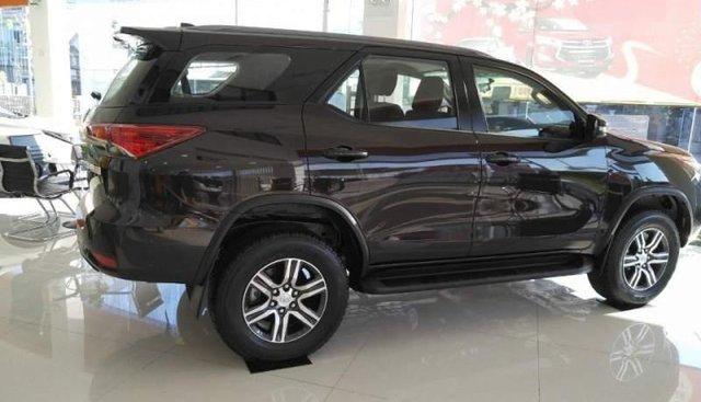 Bán ô tô Toyota Fortuner sản xuất năm 2019, màu đen