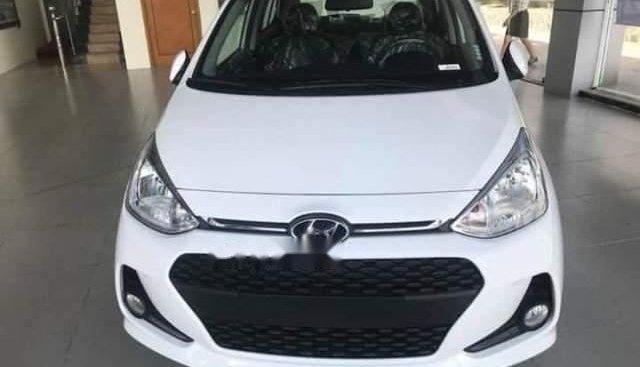Bán Hyundai Grand i10 sản xuất năm 2019, màu trắng