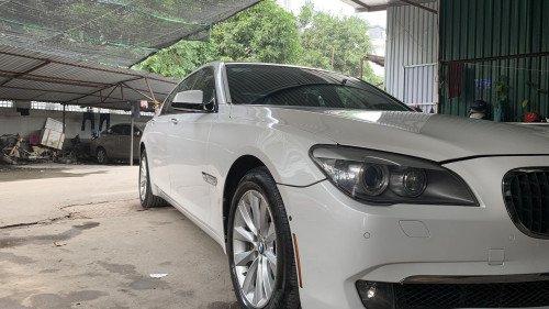 Bán BMW 750Li đời 2009, màu trắng, nhập khẩu