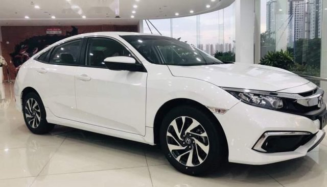 Bán Honda Civic E năm sản xuất 2019, màu trắng, nhập khẩu nguyên chiếc