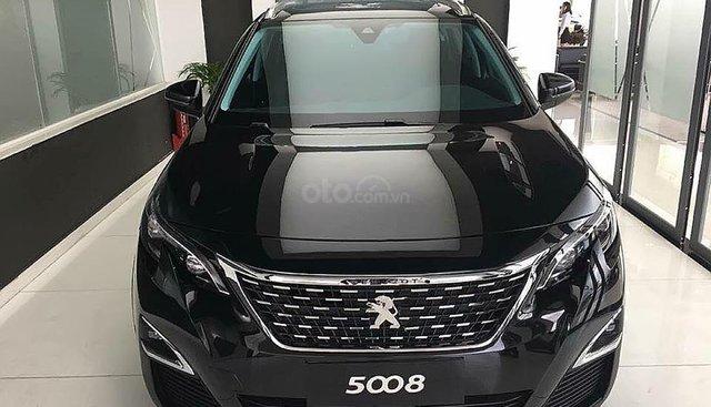 Cần bán xe Peugeot 5008 1.6 AT 2019, màu đen